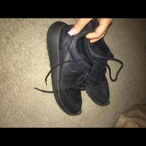 used nike roches